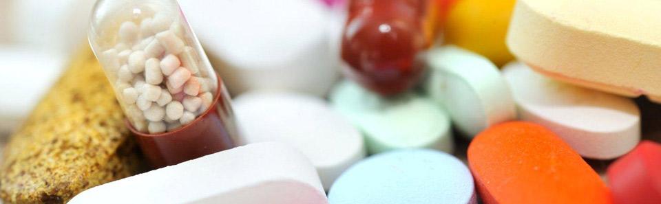 Assistance pour demande d'identification numérique de médicament (DIN)